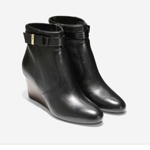 NBW COLE HAAN SIZE 8 booties